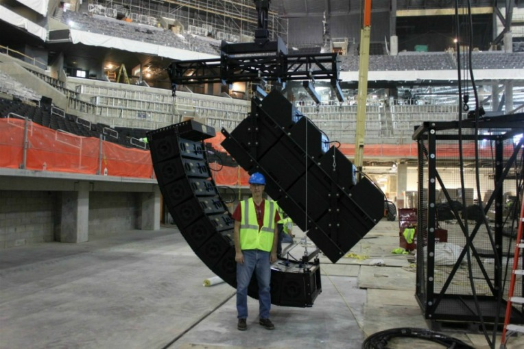 Polar Focus Motor Zbeam® rigging for EAW Line Arrays at the Barclays Center in Brooklyn, NY.